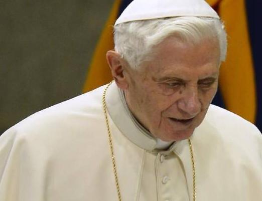 Papa Bento XVI explica o sentido e o valor do Sacramento da Confissão