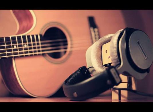 Músicos: instrumentos de Deus, ou do mundo? - Por Enias Costa
