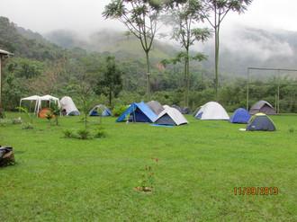 Acampamento Deus Existe 2013.jpg