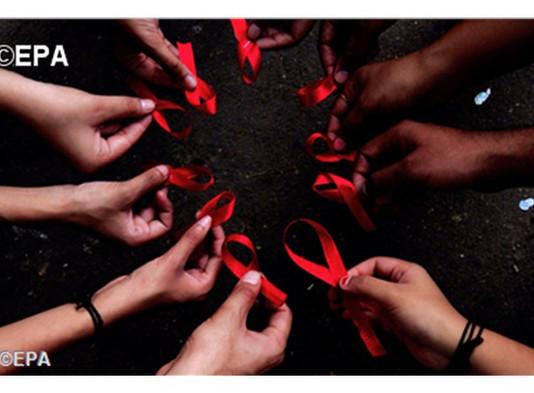 Dia contra Aids: Papa Francisco pede amplo acesso aos retrovirais
