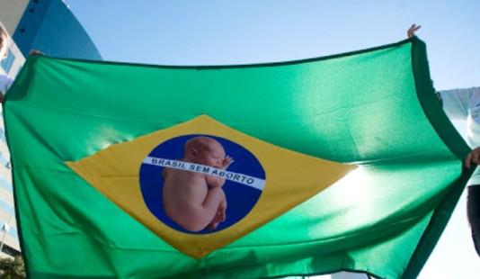 Derrota para o aborto no Brasil: governo se declara contra ampliação