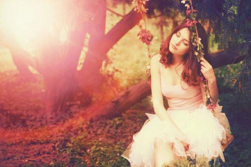 As sete virtudes de uma mulher de Deus