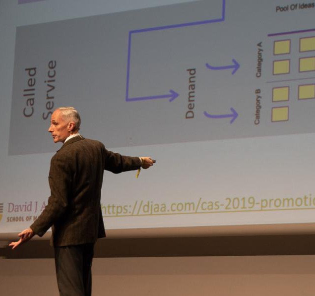 Steve McGee presents leadership concepts at Agile Spain 2019