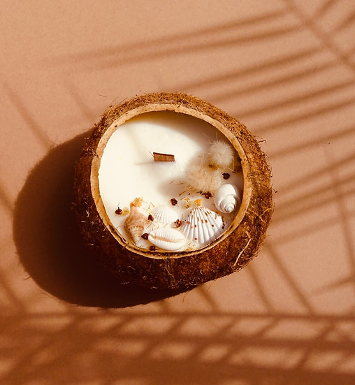 Bougie Noix de coco entière 100 heures