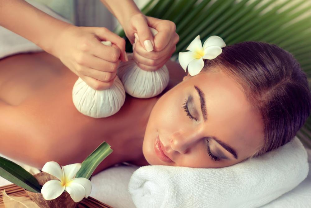 Thaikräuterstempel-Massage