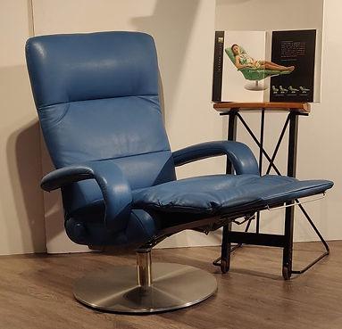 Poltrona Relax pelle Blu_170745-VAR.jpg