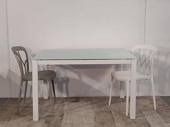 Tavolo Eos struttura bianca piano vetro