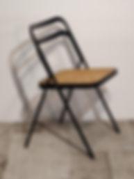Sedi apieghevole nera , sedile in paglia