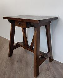 Tavolinetto Capretta-VAR.jpg