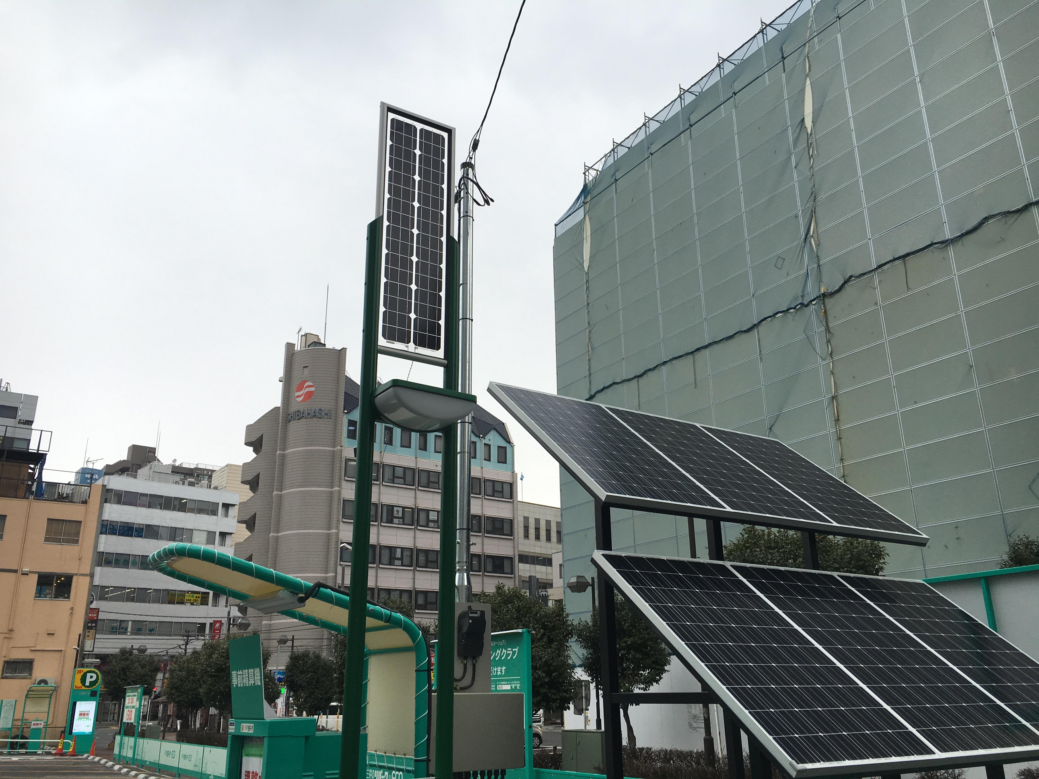 デジタルサイネ-ジの工事 (2)