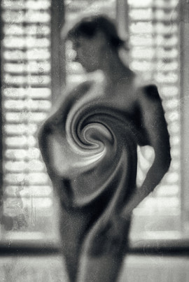 black_art__elina_pasok