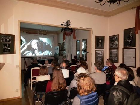 SPACE FILM В ДРЕЗДЕНЕ, ГЕРМАНИЯ