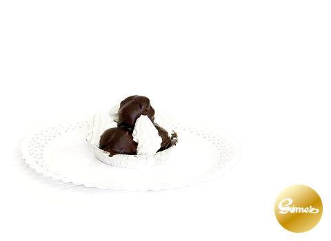Profiteroles con nata
