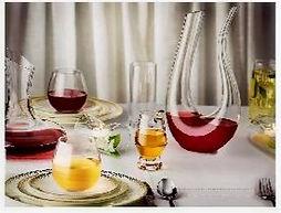 Vasos de cristal para cena romántica