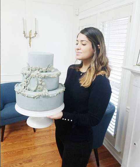 Monochromatic Grey Cake with Gold