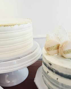 gold detail cakes