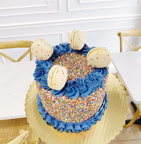 Sprinkle Cake with Macarons