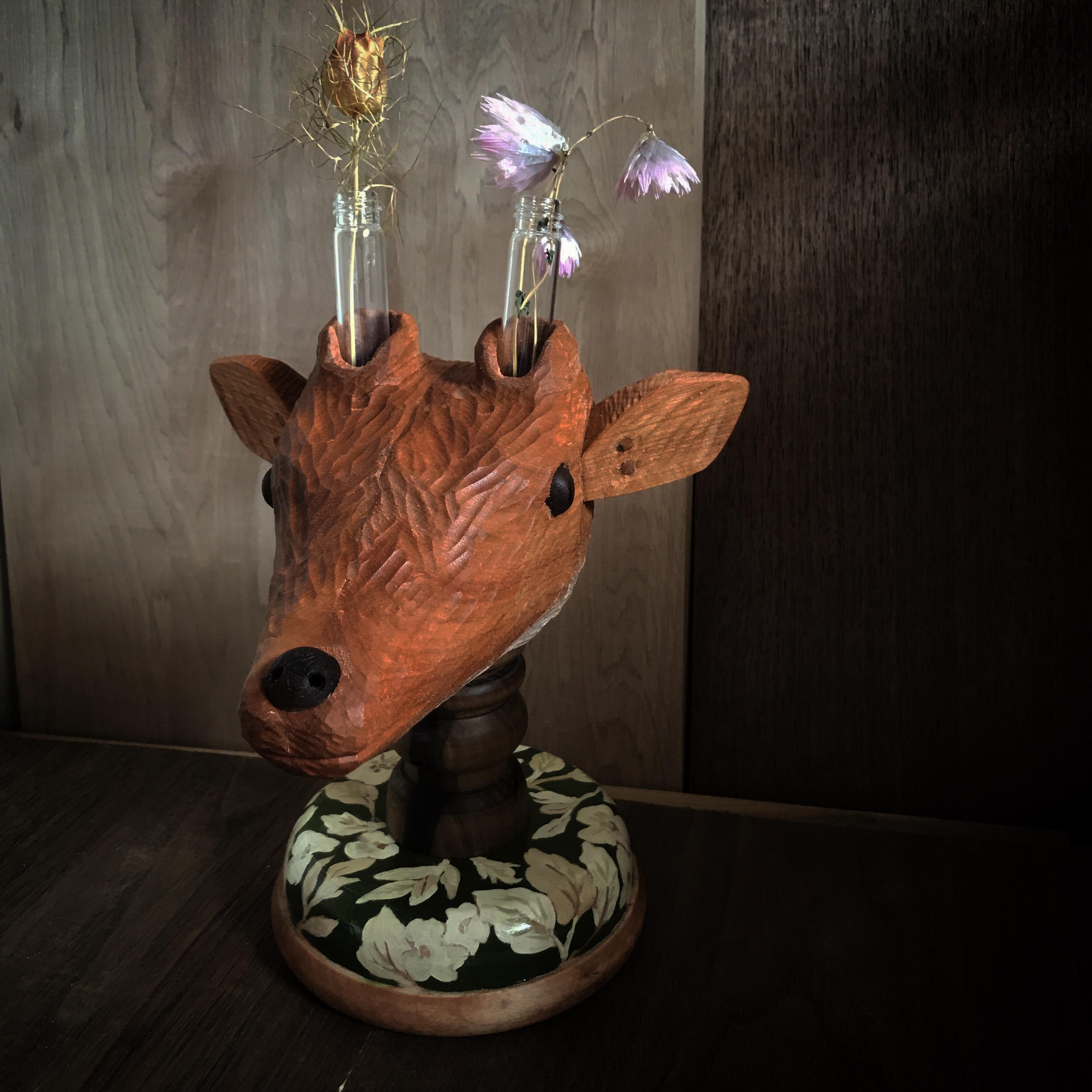 鹿のフラワーベース