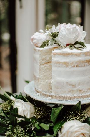 Cakes by Liz