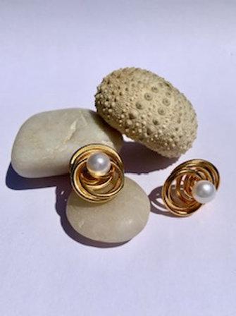 Pearl Spiral Earring