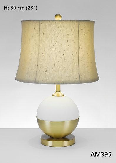 Lámpara de mesa AM395