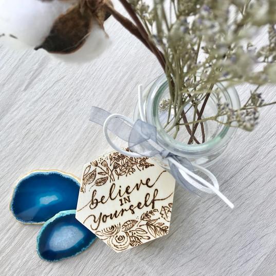 Handmade wooden accessory box - Love Spr