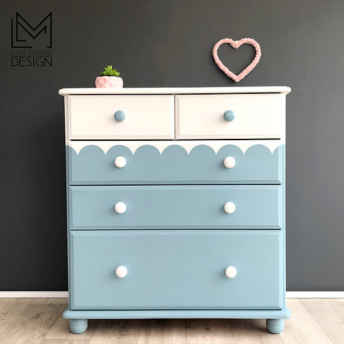 Pine Scallop Edge Chest of Drawers