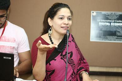 Amna Mirza