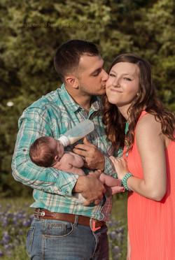 Newborn  w Texas Red Photography