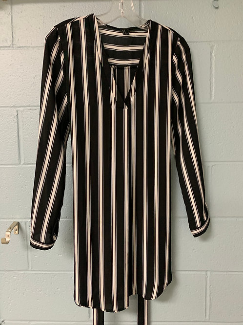 Black and White Striped Forever 21 Dress (m)