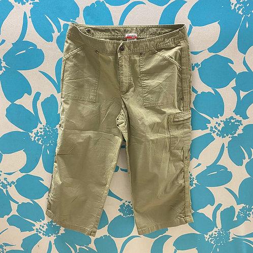 Danskin Now Convertible Pants (8-10)