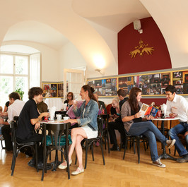 Theater Cafe und Museum