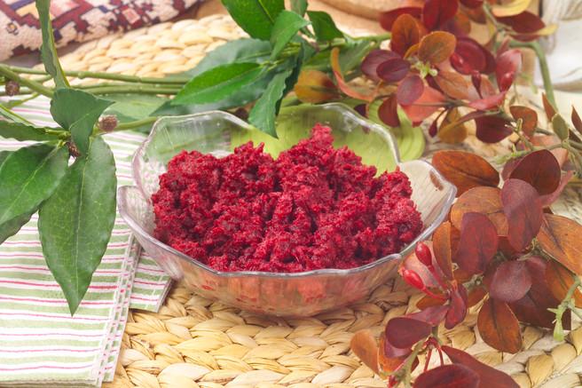 Салат из свеклы с ревенём