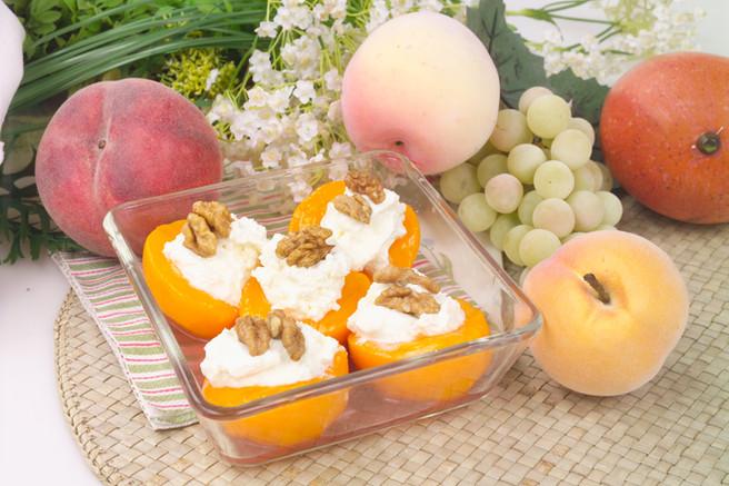 Десерт персиковый
