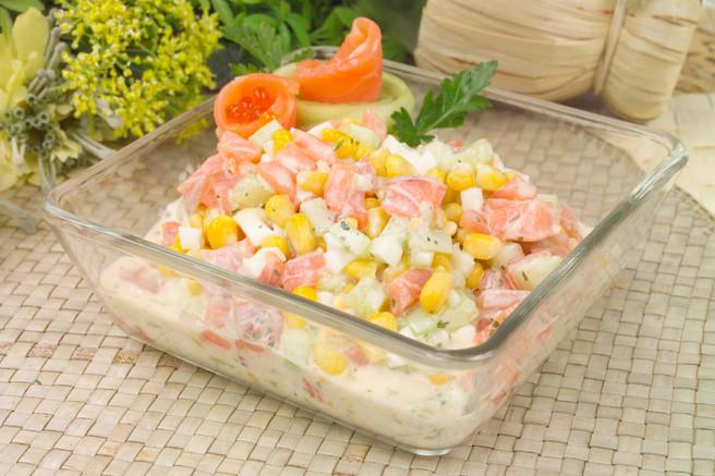 Салат деликатесный из сёмги