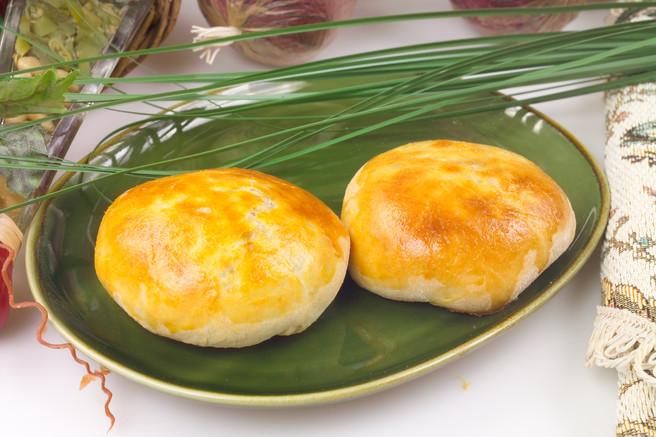 Пирожки с мясом и рисом