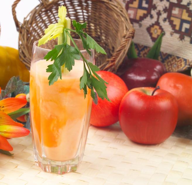 Морковный сок со сливками