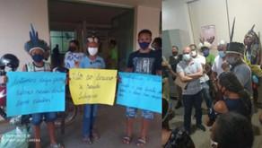 Índios Xacriabá manifestam no hospital de Brasília cobrando agilidade em cirurgia de criança