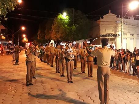 Desfile Cívico com participação da Polícia Militar marca aniversário de São Francisco