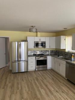 821 Hickory Glen Kitchen