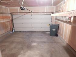 585 Bunker Garage