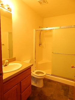 585 Bunker Hall Bath