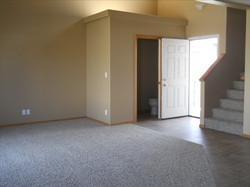 6231 Trestle - Living Room