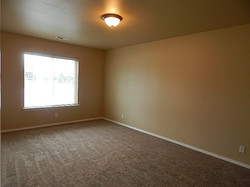 675 Clady 2nd Bed