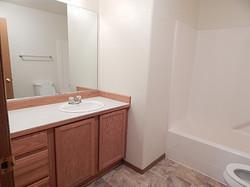 1803 Spokane #C Up Bath