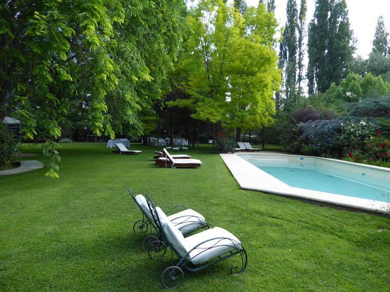 Grounds of Casa Glebinias, Chacras de Coria