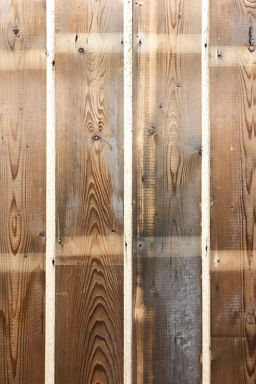 SKIP-DRESSED SOFTWOOD SHIPLAP WITH REVEAL