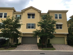 How to clean windows on 2nd story residential home, exterior cleaning, Deltona, DeBary, Heathrow, Sa