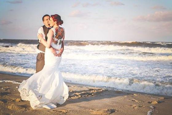outer banks affair - beach weddings.jpg