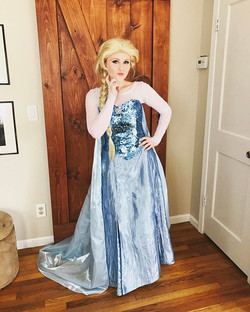 Queen Elsa isn't feeling so frozen today ❄️ Enjoying making princess dreams come true on this truly